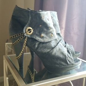 Women's leather chained booties
